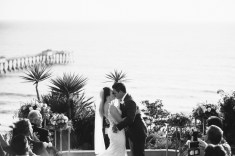 casa romantica san clemente wedding photographer artistic kiss