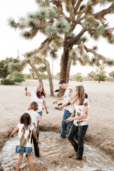 different family photographer nicole caldwell Ca desert 20