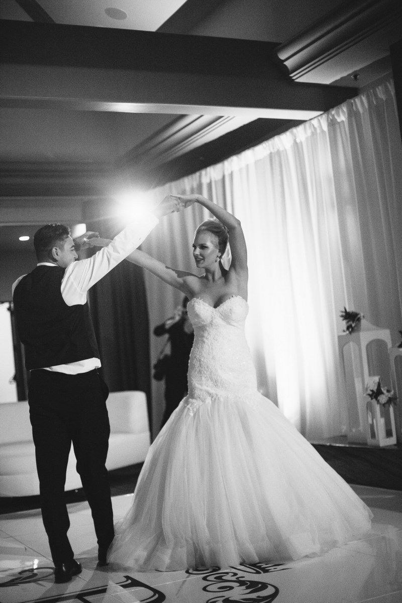 first dance bride and groom Monarch beach resort wedding photographer nicole caldwell
