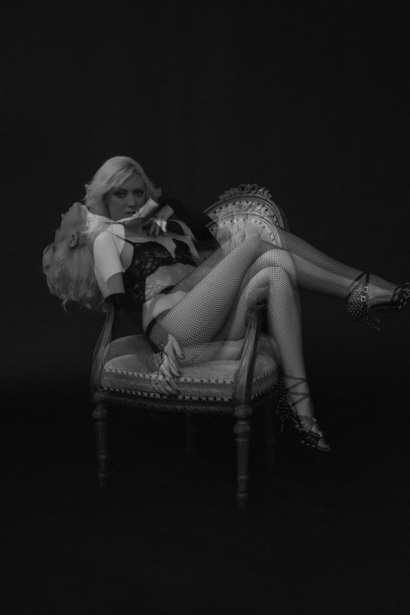 los angeles boudoir studio photographer nicole caldwell