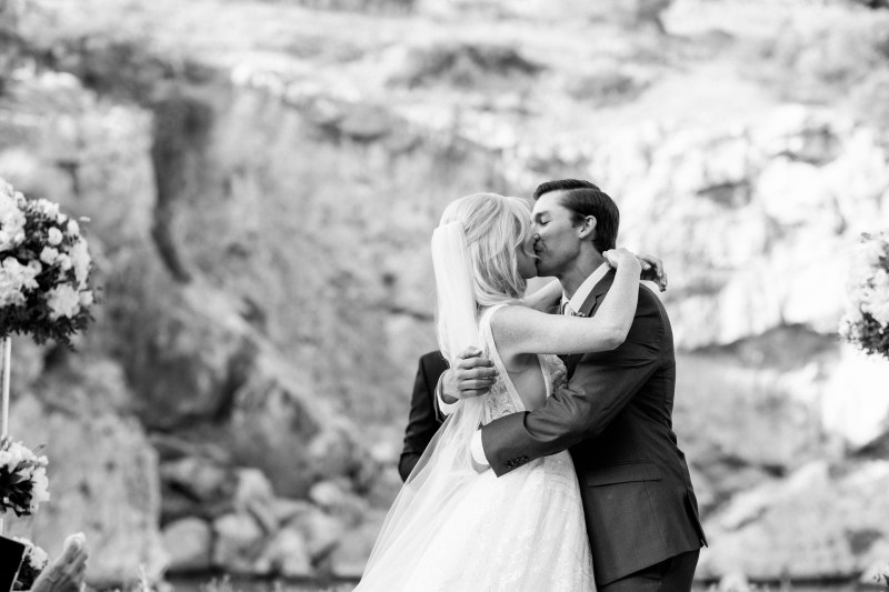 Lake_vouliagmeni_greece_weddings_nicole_caldwell_41