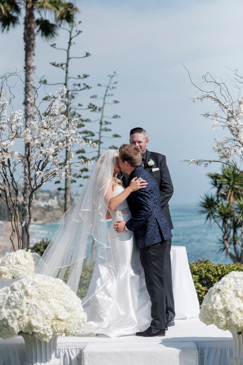 ceremony lawn bride and groom wedding montage laguna beach