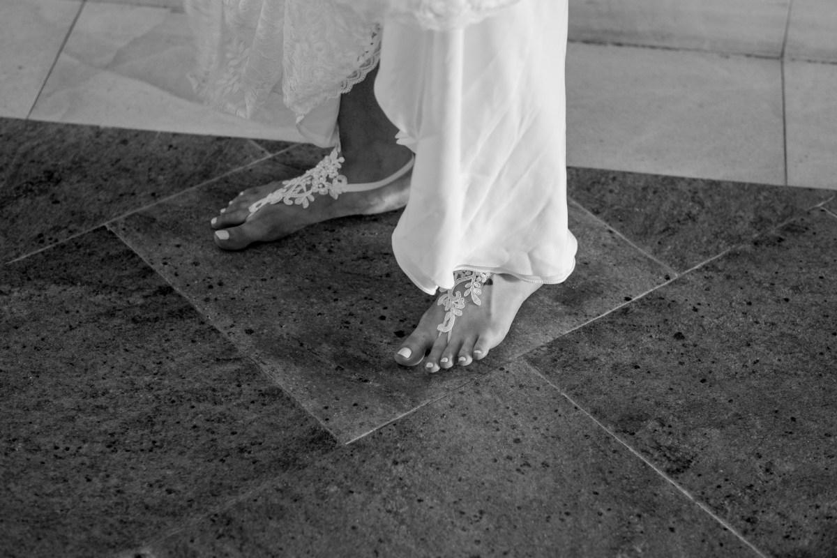 barefoot bride wedding ceremony ocean terrace wedding photos surf and sand resort laguna beach