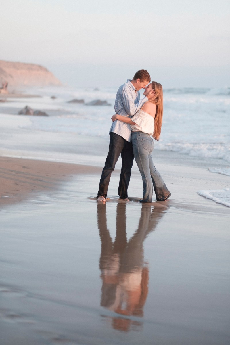 engagement photos in laguna beach nicole caldwell photographer12