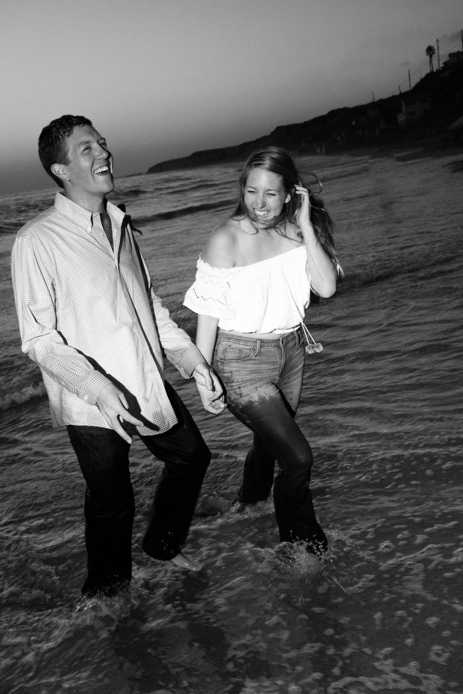 engagement photos in laguna beach nicole caldwell photographer19