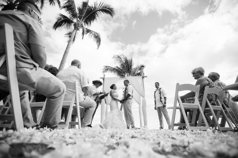 maui destination wedding venue plantation house by nicole caldwell092