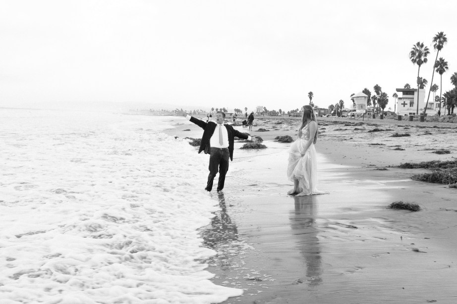 san diego wedding photographer nicole caldwell trash the dress ocean beach pier 15
