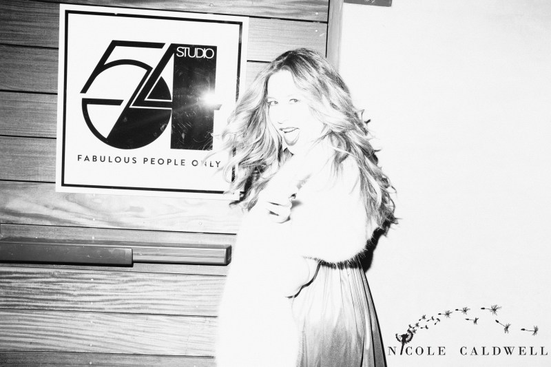 event_party_ corporate_photographer_orange_county_Nicole_caldwell_studio_54_theme_paparrazi_022