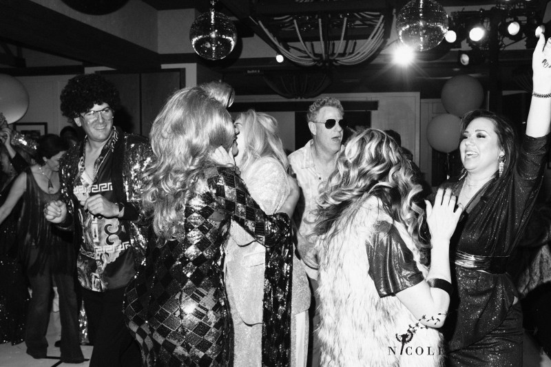 event_party_ corporate_photographer_orange_county_Nicole_caldwell_studio_54_theme_paparrazi_032