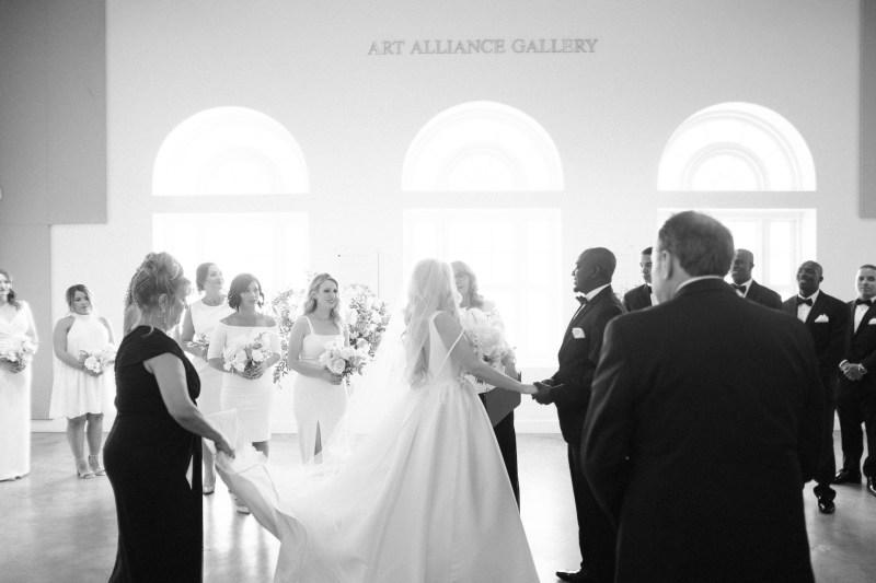 weddings riverside art museum photography by nicole caldwell 21
