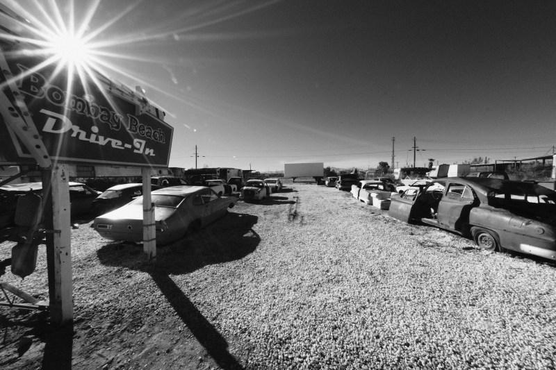 bombay_beach_salton_sea_nicole_caldwell_04