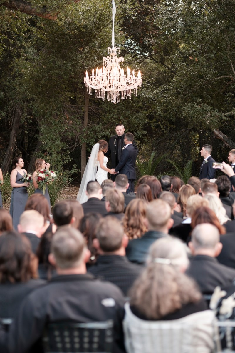 temecula creek inn weddings romatic rustic photojournailism nicole caldwell 35
