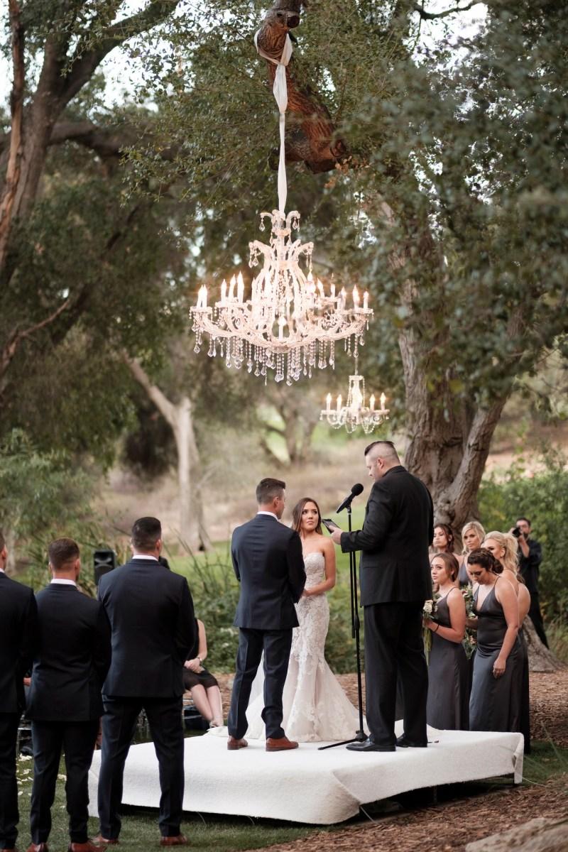 temecula creek inn weddings romatic rustic photojournailism nicole caldwell 36