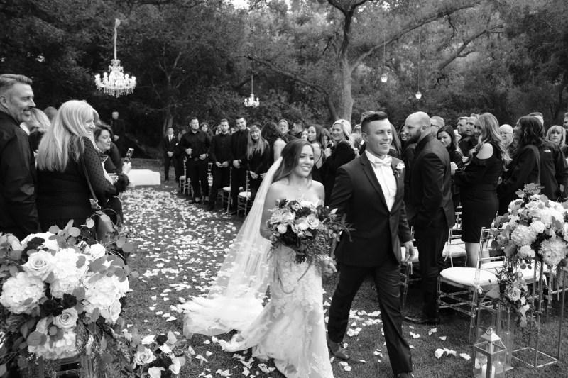temecula creek inn weddings romatic rustic photojournailism nicole caldwell 40