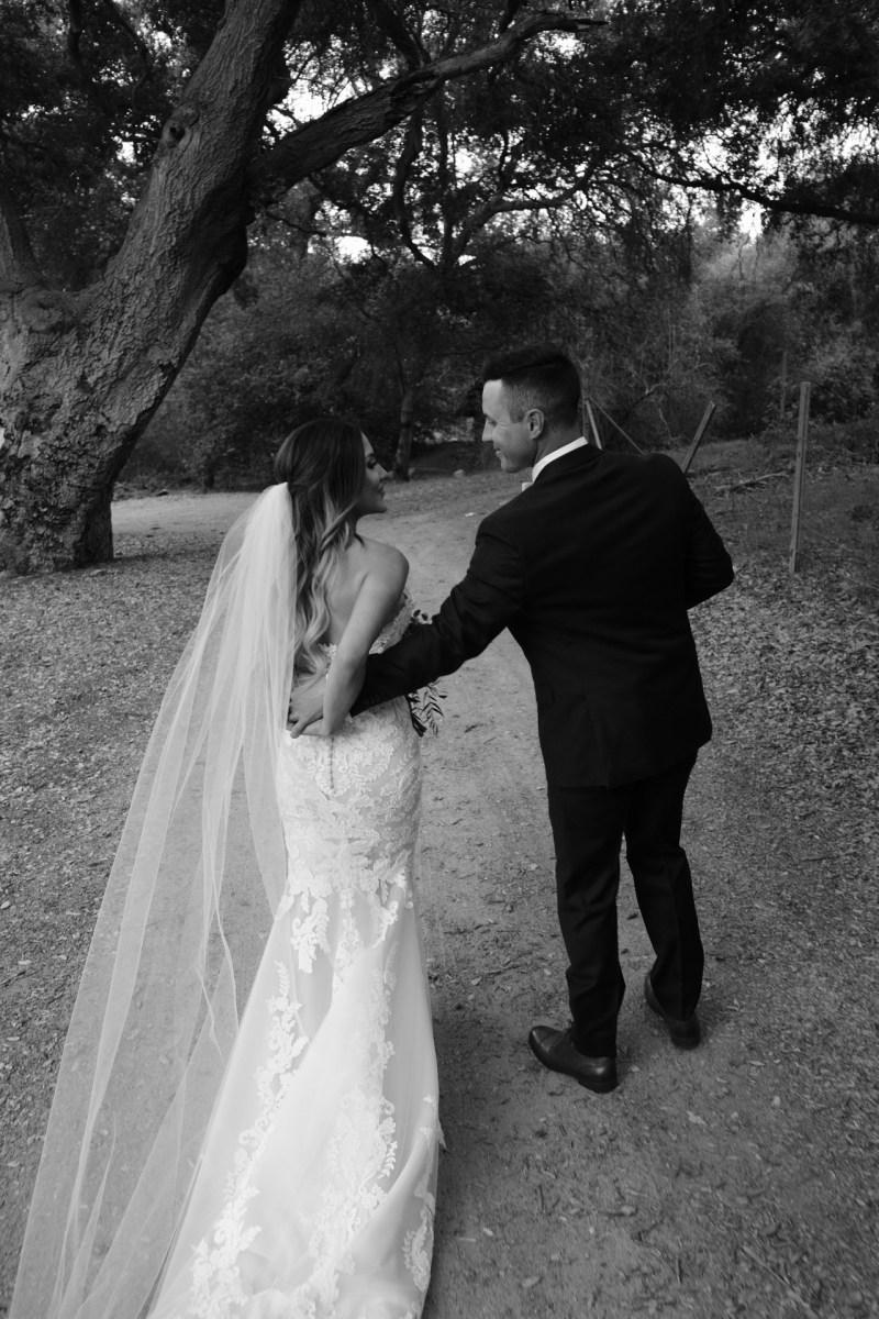 temecula creek inn weddings romatic rustic photojournailism nicole caldwell 43