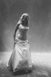 wedding-shot-in-the-photography-stuio-nicole-acldwell-weddings11