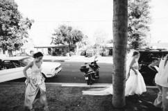 French Estate wedding photographer orange bride arrives
