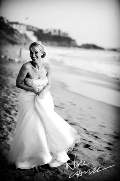 surf_and_sand_wedding_pictures__aguna_beach_ny_nicole_caldwell_ts_10.jpg
