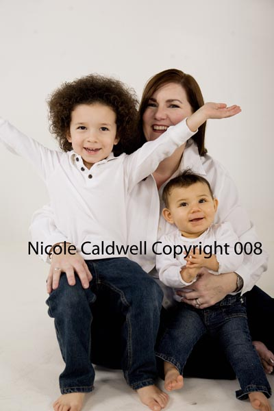 photography_by_nicole_caldwell_o1_in_laguna_beach_studio_01.jpg