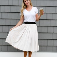 Outfit Obsession // Pleated Skirt