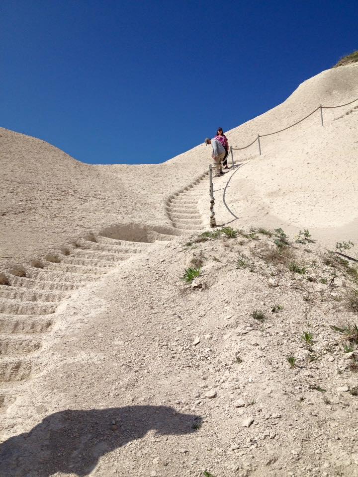 hike-into-valley-cappadocia