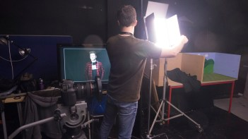Using the monitor to see effects. Green LEDS not