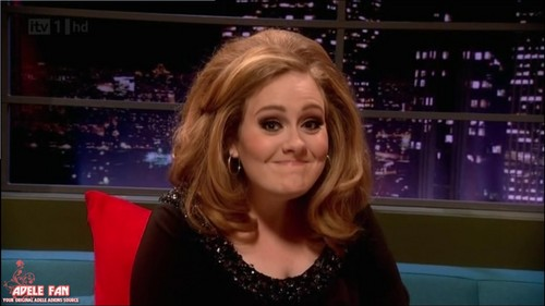 adele-dedicates-her-concert-to-brad-pitt-and-angelina-jolie-as-she-says-its-an-end-of-an-era