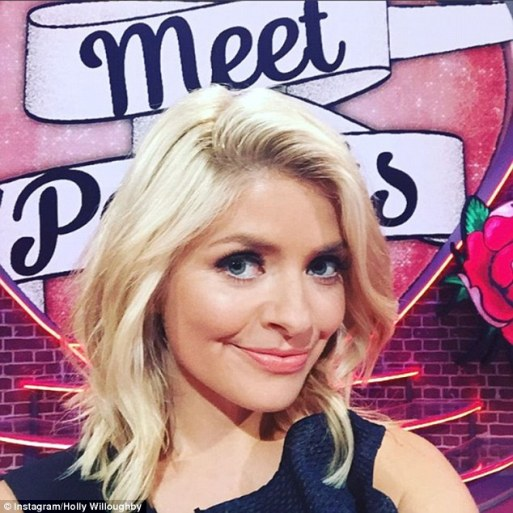 Holly Willoughby Shows Off Her Newly Chopped Hair As She Films New Dating Show Meet The Parents
