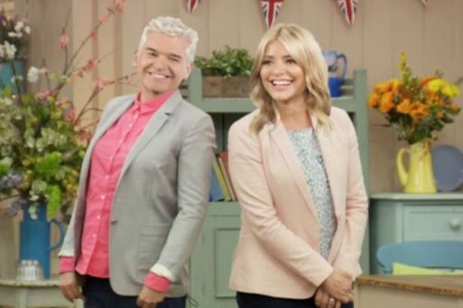 phillip-schofields-says-great-british-bake-off-has-been-%22killed%22