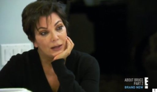 shaken-kris-jenner-walks-out-of-hotel-with-her-thumbs-up-to-press