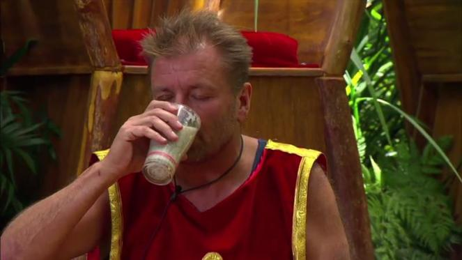 Celebritys Have To Drink Horrible Pints During Trial For Immunity On I'm A Celebrity