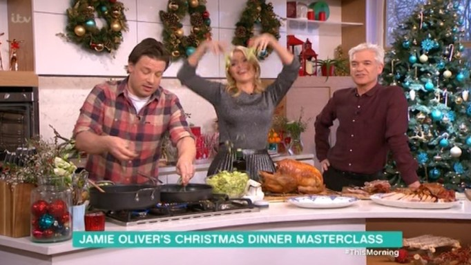 Holly Willoughby Makes Brussels sprouts 'Look Sexy' On This Morning