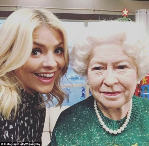 Holly Willoughby Poses For A Selfie With The Queen During Behind-The-Scenes Snap From This Morning