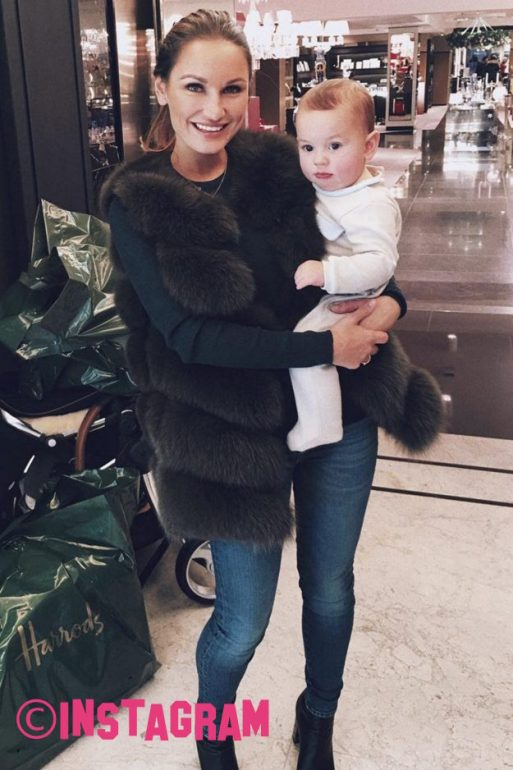 Sam Faiers Faces Backlash After Video Of Baby Paul In Car Seat Causes Concern