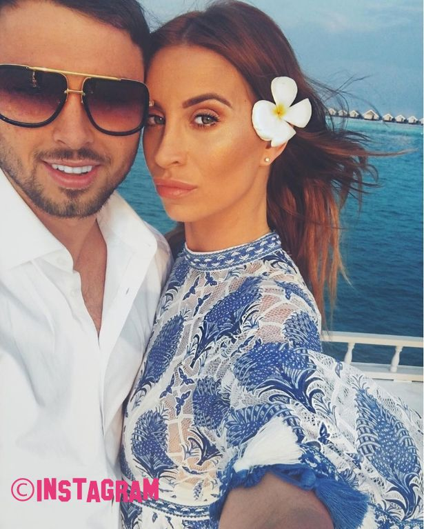 Ferne McCann Disowns Boyfriend Arthur Collins Over Acid Nightclub Attack