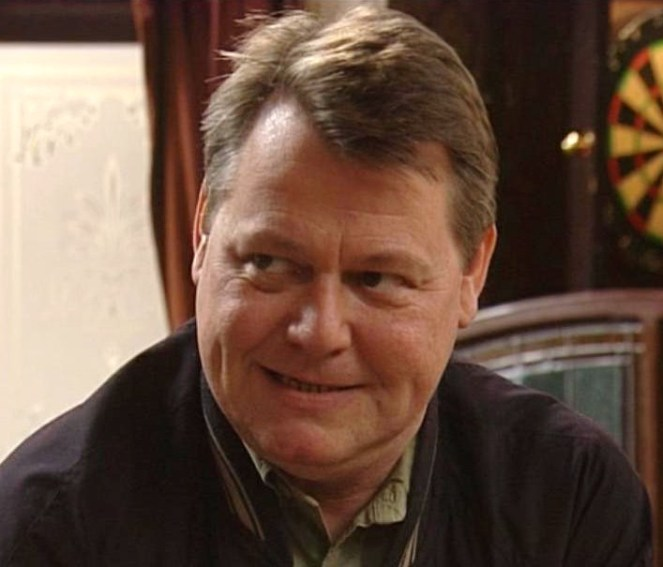 BREAKING NEWS: Former Coronation Street Actor Iain Rogerson Has Passed Away Due To 'Insulin Overdose'
