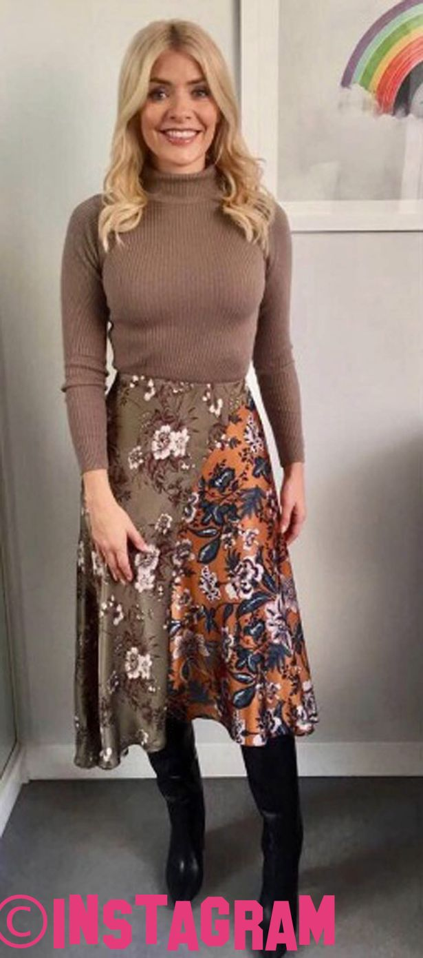 Holly Willoughby Branded 'Frumpy' By Instagram Followers For This Morning Fashion