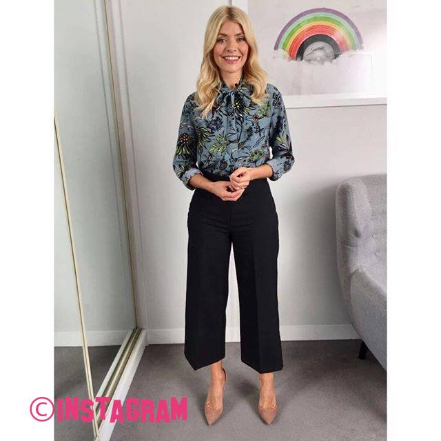 Holly Willoughby Wears £1,000 Outfit On This Morning!!