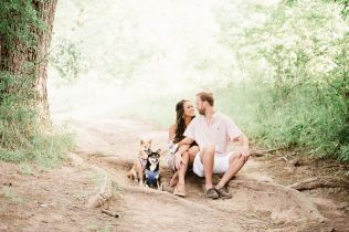 commons ford ranch, engagement session, austin engagement, austin engagement photographer, puppy engagement session, dog engagement session