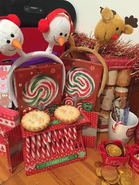 25 Days of Christmas | #18 A Christmas Gathering