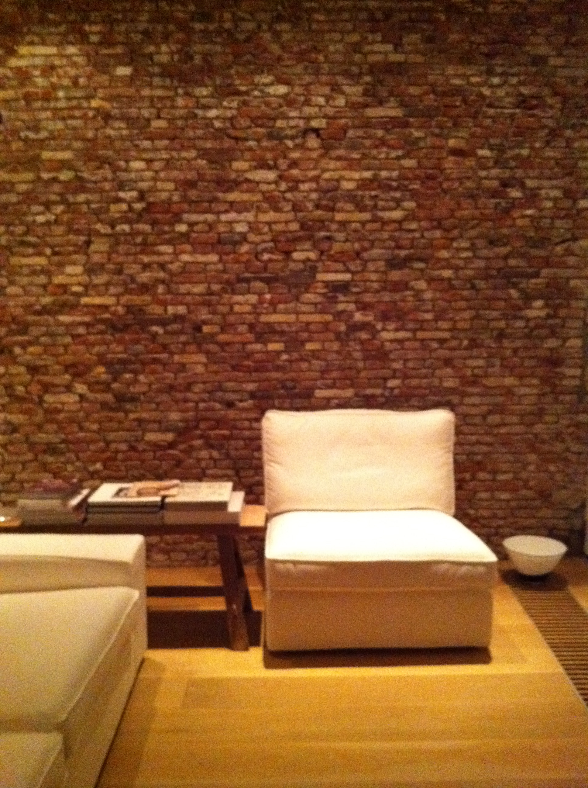Brick Walls Can Add An Extra Value To Your Living Room