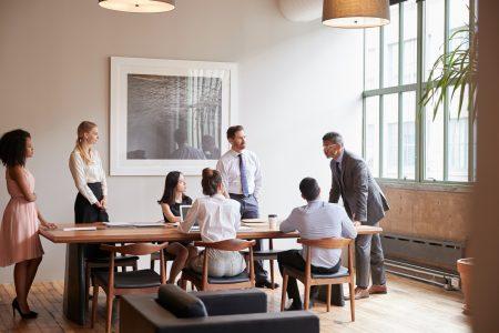 Young professionals werken met impact
