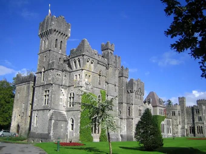 Ashford_castle_im_sonnenlicht