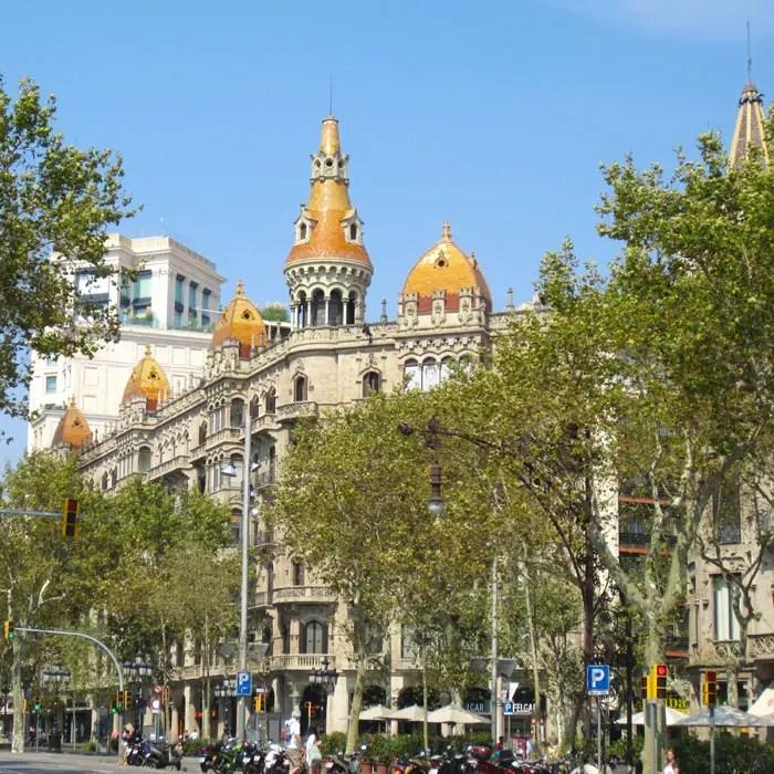 sehenswuerdigkeiten-barcelona-katalonien-reisetipps-spanien-Cases-Rocamora