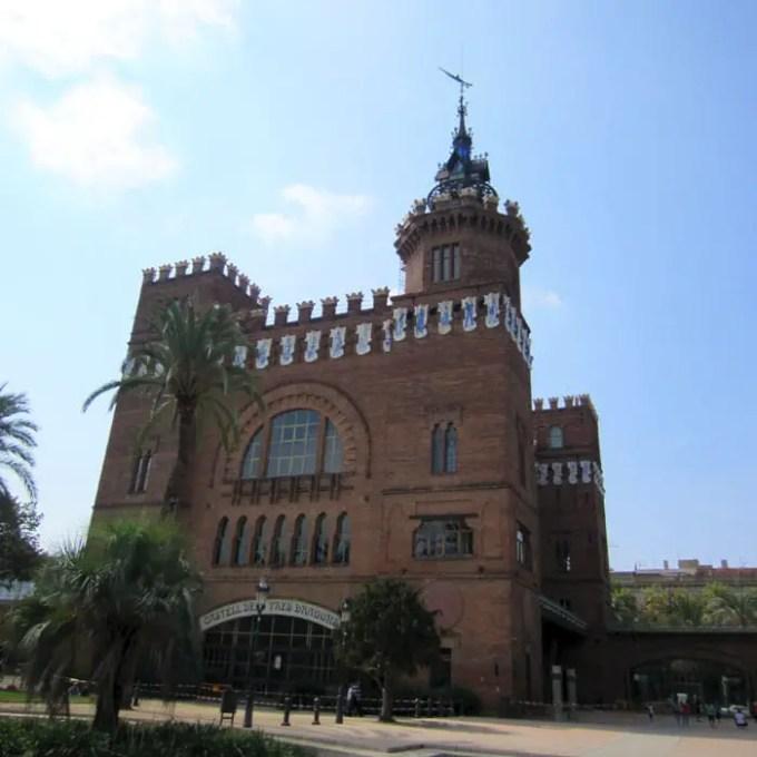 sehenswuerdigkeiten-barcelona-katalonien-reisetipps-spanien-Castell-dels-Tres-Dragons