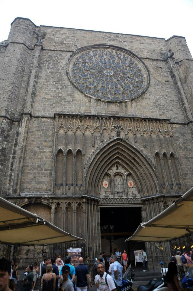 sehenswuerdigkeiten-barcelona-katalonien-reisetipps-spanien-Santa-Maria-del-Pi