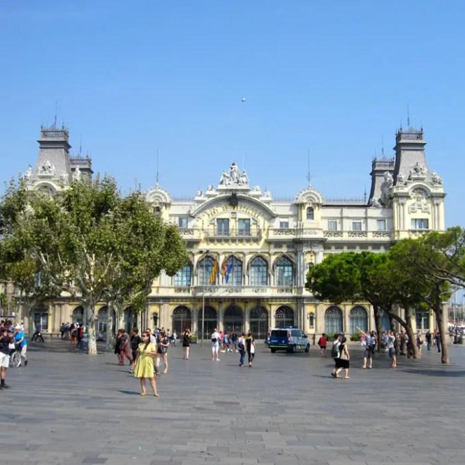 sehenswuerdigkeiten-barcelona-katalonien-reisetipps-spanien-hafenmeisterei-hafenaufsicht