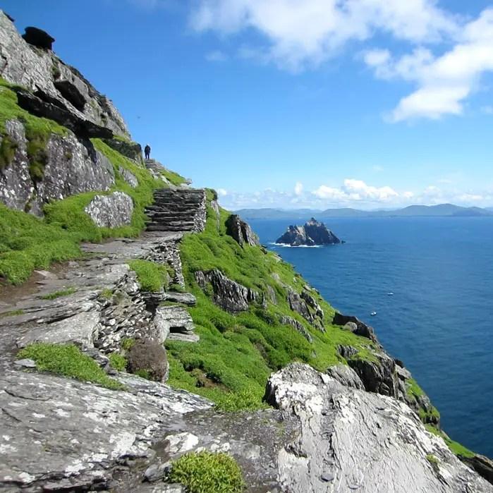 sehenswuerdigkeiten-portmagee-Iveragh-Halbinsel-county-kerry-reisetipps-irland-skellig-michael-steinstufen-star-wars
