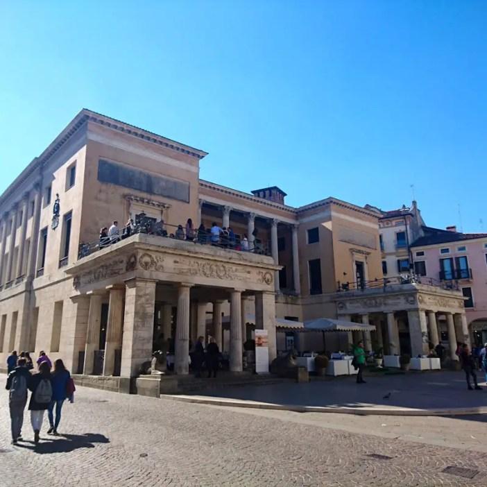 reisetipps-venetien-reisetipps-italien-rundreise-venetien-sehenswürdigkeiten-padua-caffe-pedrocchi