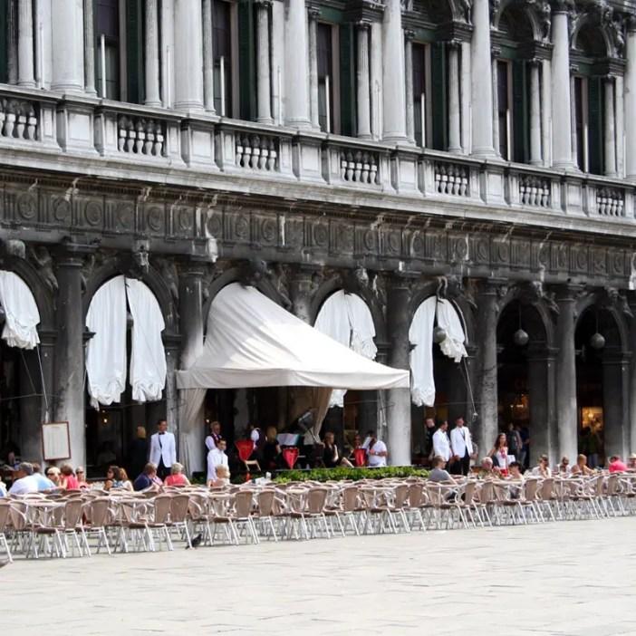 reisetipps-venetien-reisetipps-italien-rundreise-venetien-sehenswuerdigkeiten-venedig-caffe-florian
